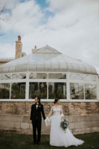 10 astuces astucieuses pour un service de traiteur de mariage réussi