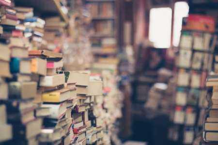 Comment gagner de l'argent en achetant et en vendant des livres d'occasion en ligne