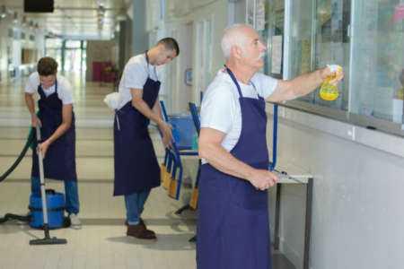 Création d'un manuel de l'employé pour une entreprise de nettoyage