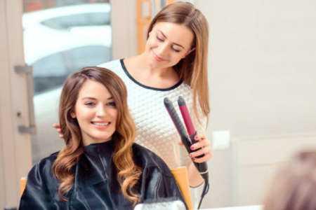 Démarrer une entreprise de coiffure à domicile sans argent