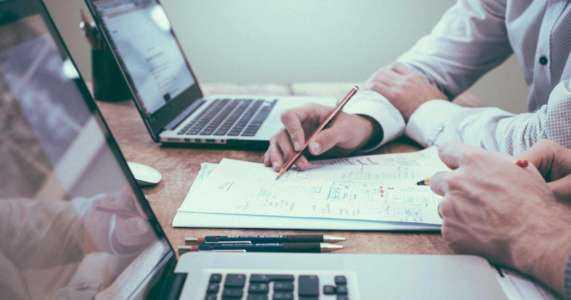 Ein Beispiel für eine Businessplan-Vorlage für eine Außenwerbeagentur