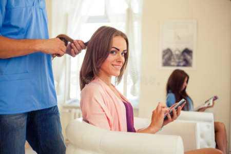 Un exemple de modèle de plan d'affaires de salon de beauté pour cheveux mobile