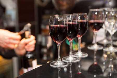 Un exemple de modèle de plan d'affaires pour un bar à vin